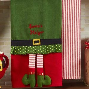 NWT! Set of Two Elf Whimsical Holiday Towels
